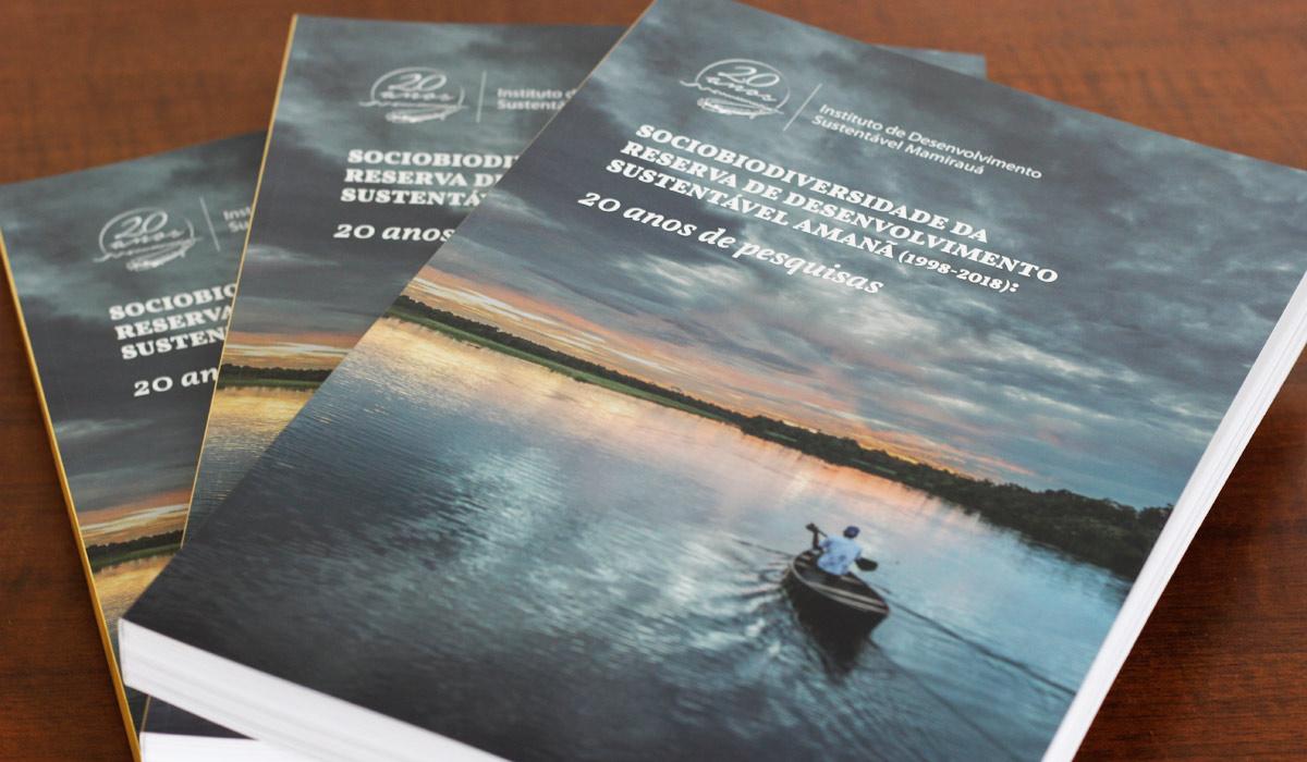 Instituto Mamirauá lança livro sobre a Reserva de Desenvolvimento Sustentável Amanã