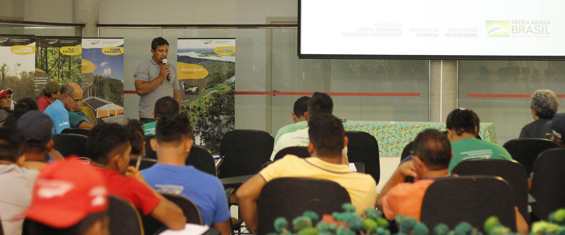 Instituto Mamirauá realiza seminário final de projeto financiado pelo Fundo Amazônia