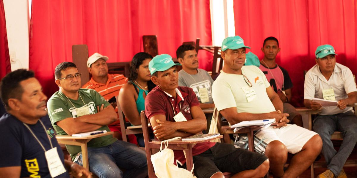 A embalagem que vem, mas não volta: problemas ambientais em comunidades da Amazônia são debatidos em encontro