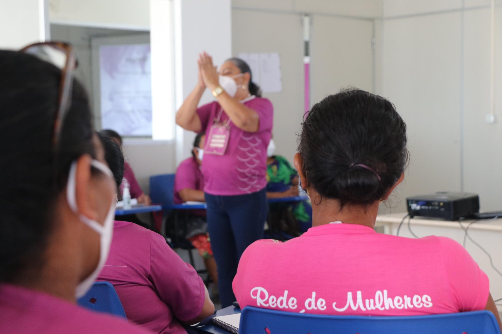 Curso de boas práticas ao Parto Humanizado reúne parteiras tradicionais e profissionais de saúde em Tefé, Amazonas